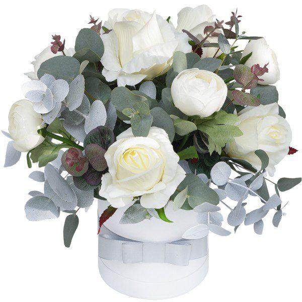 Box z białymi kwiatami