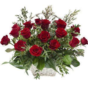 Kosz z 20 czerwonych roż